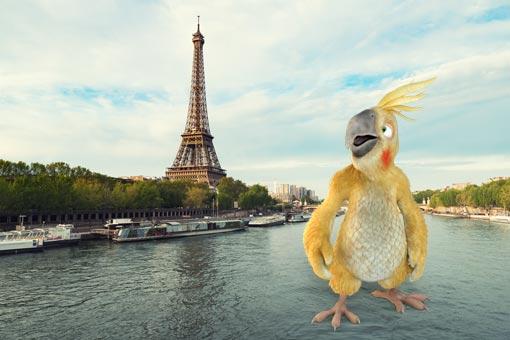 Pablo de Burddy émerveillé devant la Tour Eiffel
